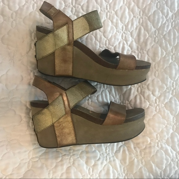 ad265ab20db OTBT Bushnell in gold wedge sandal. M 5b5e09394cdc30d37637deba